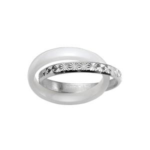 Bague double anneaux : 1 en céramique blanche et 1 en argent rhodié ciselé en étoiles - Vue 1