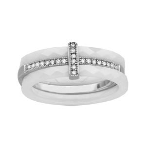 Bague en céramique blanche facetée 3 anneaux dont 1 au centre en argent rhodié orné d\'oxydes blancs - Vue 1