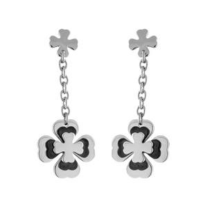Boucles d\'oreilles tige acier pendante motif trèfle noir - Vue 1