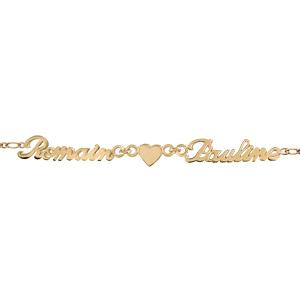 Bracelet en plaqué or chaîne mailles 1+1 largeur 2mm avec découpe anglaise 2 prénoms séparés par un coeur - longueur 18,5cm réglable 17cm - Vue 1