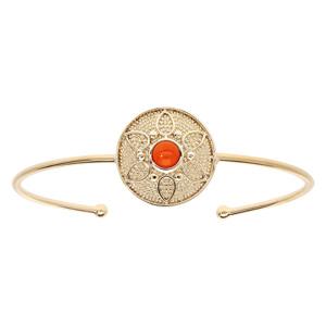 Bracelet jonc en plaqué or pastille ronde motif fleur avec pierre couleur corail - Vue 1