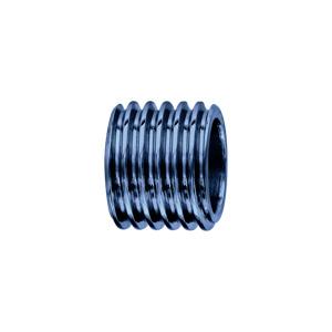 Charms Thabora en acier et PVD bleu forme tube motif rainure