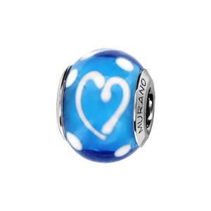 Charms Thabora en argent rhodié et verre de Murano véritable bleu ciel décoré de coeurs et de points blancs