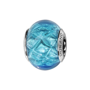 Charms Thabora en argent rhodié et verre de Murano véritable bleu turquoise argenté décoré de croix