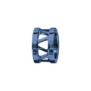 Charms Thabora grand modèle pour homme en acier et PVD bleu anneau ajouré en triangles - Vue 1