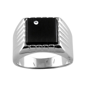 Chevalière en acier plateau carré noir orné d\'1 strass et godrons sur les côtés - Vue 1