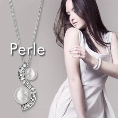 Bijoux ornés de perles