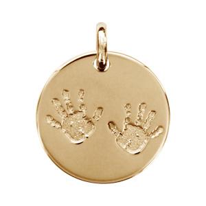 Pendentif en plaqué or médaille avec empreintes de mains - diamètre 18mm - Vue 1