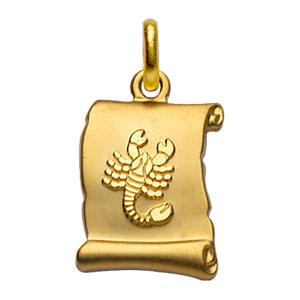 Pendentif en plaqué or zodiaque parchemin simple Scorpion - Vue 1