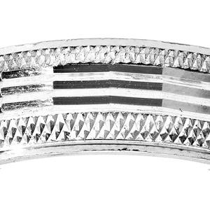 Alliance en argent rhodié diamantée sur le bord avec longues striures largeur 5mm - Vue 2