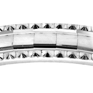 Alliance en argent rhodié diamantée en carré avec bord ciselé largeur 4mm - Vue 2