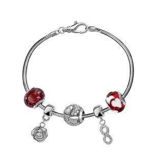 Charms Thabora en argent rhodié et verre de Murano véritable rouge décoré de gros coeurs blancs - Vue 3