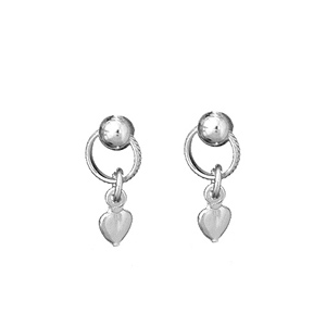 Boucles D'oreilles en argent anneau avec petit coeur suspendu et fermoir tige à poussette