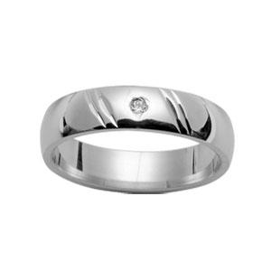 Alliance Demi-Jonc en argent rhodié 5mm diamantée 2 traits en biais et 1 diamant 0,02 carats