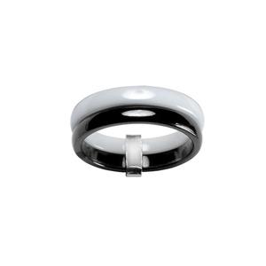 Alliance Double anneaux : 1 en céramique blanche et 1 en noir avec béliere en argent
