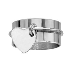 Bague En argent ruban de 10mm avec médaillon en forme de coeur gravable