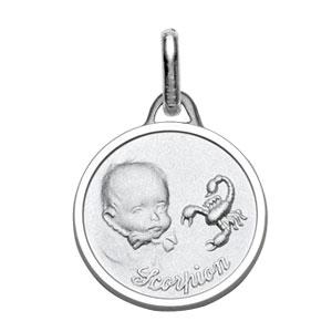 Médaille Argent rhodié zodiaque scorpion pour bébé diamantée