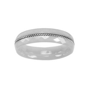 Alliance En céramique blanche facettée 3mm avec fil en acier torsadé au milieu