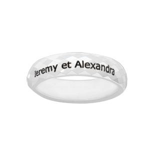 Alliance Demi-Jonc en céramique blanche 5mm avec facettes